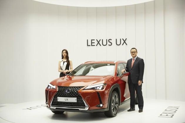 렉서스 소형 스포츠유틸리티차량(SUV)인 UX / 사진=한국도요타