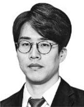 """[취재수첩] """"언론탄압"""" 비난에 침묵하는 민주당"""