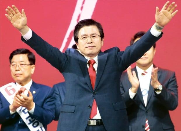 차기 대선주자 선호도…황교안 17.9% 유시민 13.2% 이낙연 11.5%