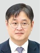 검찰 '靑비서관 지인 비리 묵살' 본격 수사