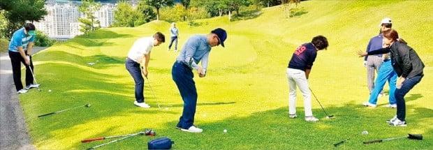 명품 골프레슨 '한경 GOLF 최고위과정'