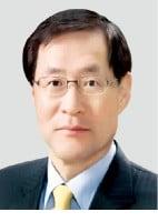 세종, 고문변호사로 김진태 전 檢총장 영입