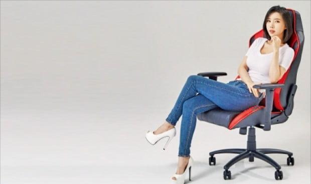제닉스, 스포츠카 좌석 같은 게임용 의자로 '돌풍'
