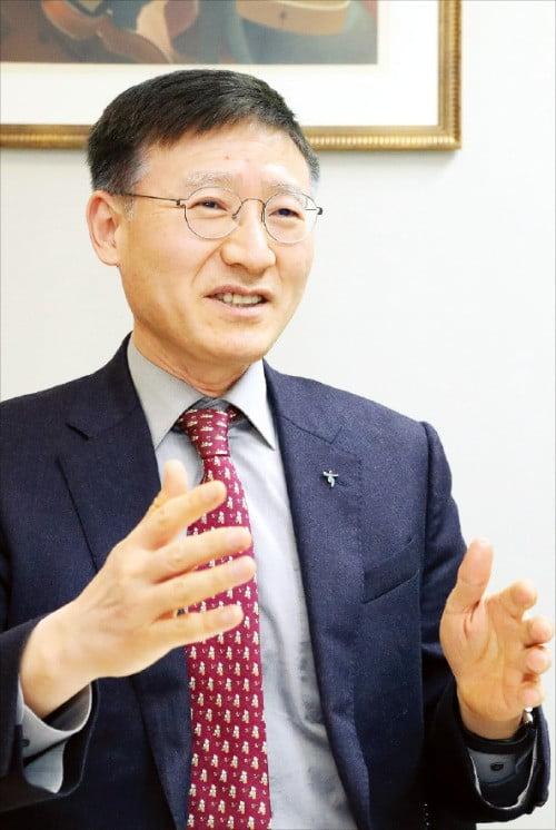 """이승열 하나금융지주 부사장 """"비은행 부문 수익 기여도 높여 경영환경 리스크 대비할 것"""""""