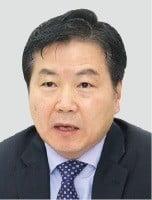 홍종학 중기부 장관 60억456만원.