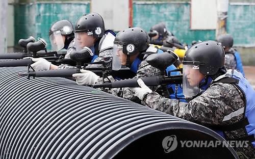 軍, 예비군훈련비 3만2000원으로 인상·미세먼지방지 마스크 지급
