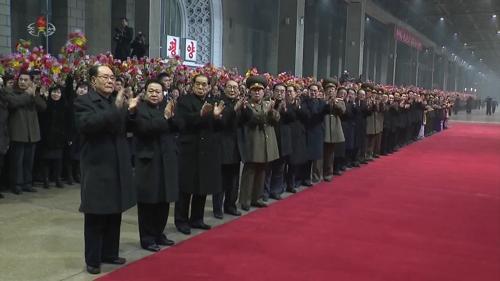 北TV, 귀환 김정은 '열렬한 환영' 부각…'빈손' 불식 의도?