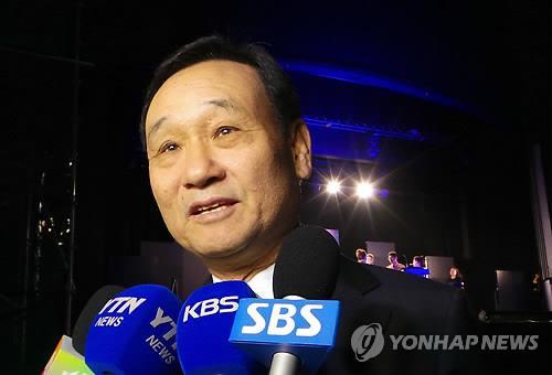 """이팔성, MB 2심 증인 공지되자 불출석 의사 표명…""""건강 문제"""""""