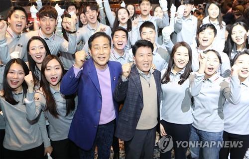"""금감원장 """"키코 곧 분쟁조정…생보사 즉시연금 대응 불만족"""""""