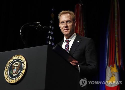 """미국방 대행 """"북핵위협은 지속…힘있는 위치에서 협상하게 지원"""""""
