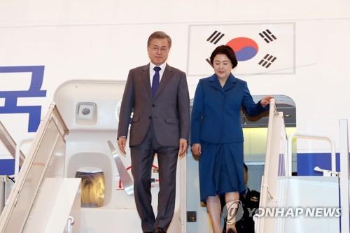 하노이 결렬 후 첫 순방…문대통령 비핵화 메시지 확 줄었다