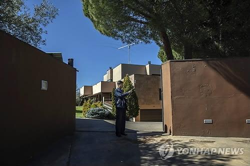 """""""北대사관 침입자들 渡美한 듯…스페인, 범죄인 인도청구 계획"""""""