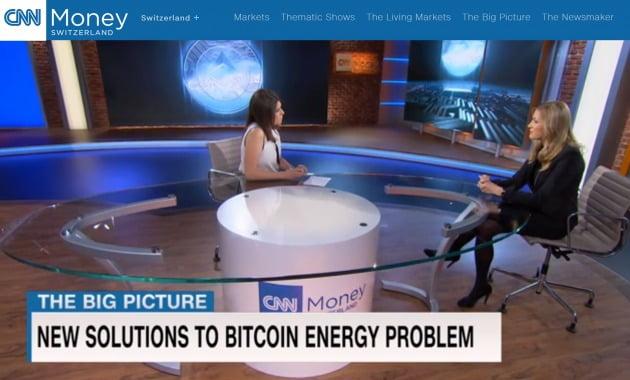 스위스 현지 방송에 출연해 대담하는 올가 펠드미어 CEO(오른쪽). / 출처=스마트 밸러 제공