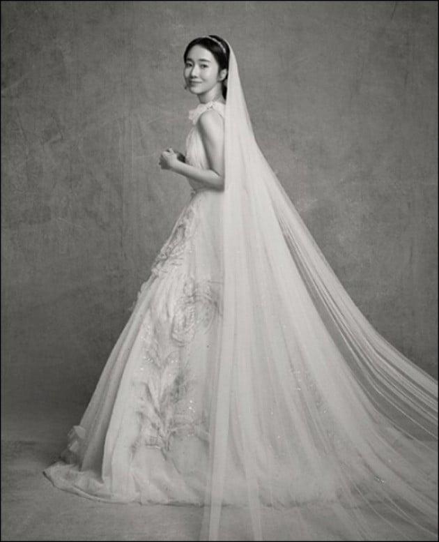 가수 이정현이 7일 결혼식을 올린다. / 사진 = 이정현 인스타그램