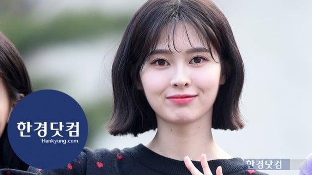 [HK영상] 다이아 예빈, 깜찍한 미모에 눈길…'하트도 예쁘게~' (세로직캠)