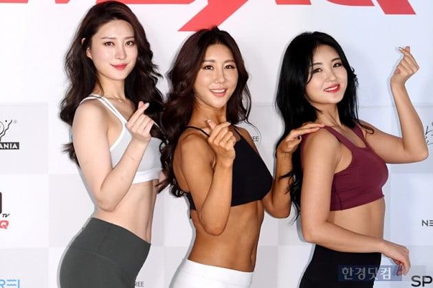 [포토] 이나현-김소영-김유림, '하트 받으세요~'