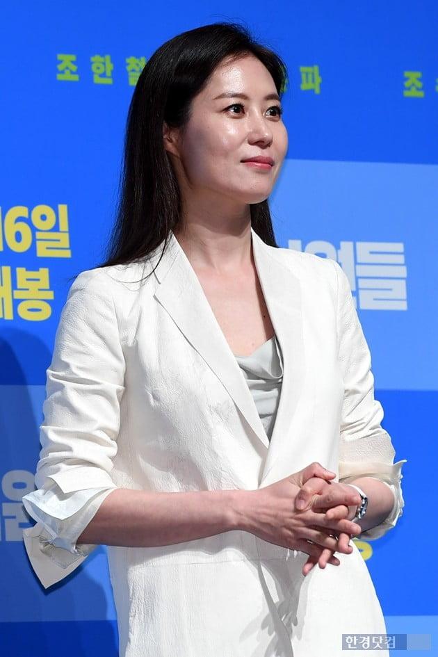 """'배심원들' 문소리 """"판사 역할 위해…"""" 그녀의 피땀눈물"""