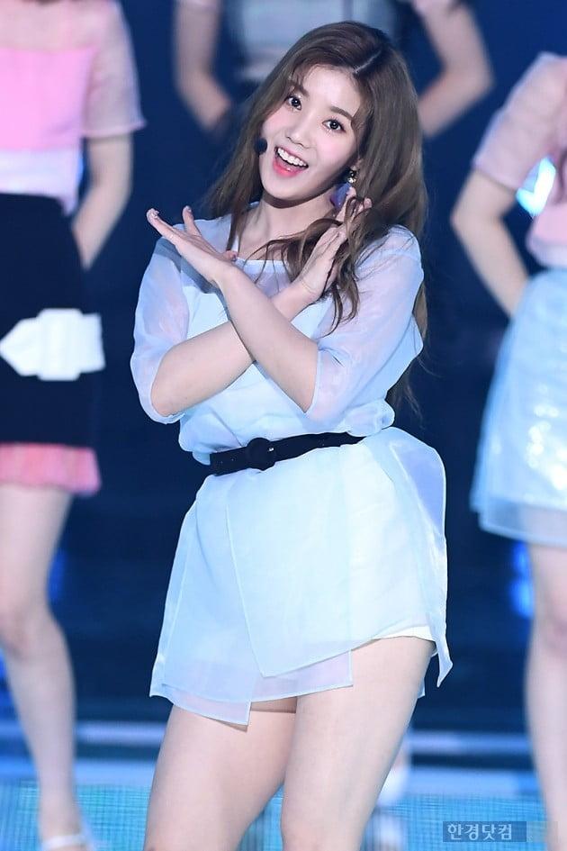 [포토] 아이즈원 권은비, '예쁜 미소~'