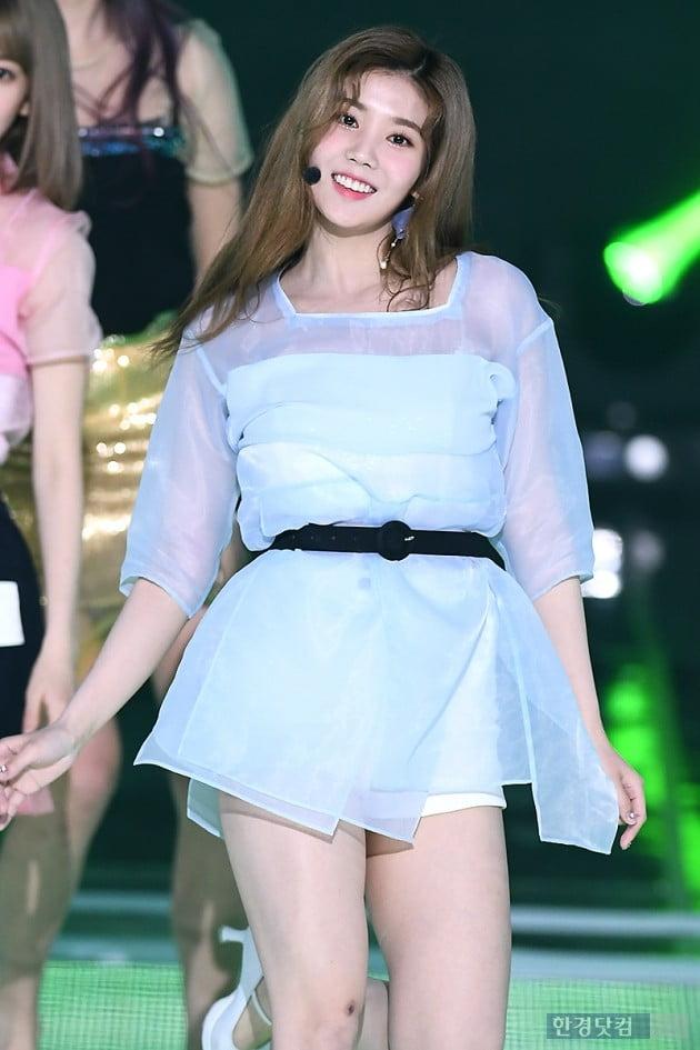 [포토] 아이즈원 권은비, '미소가 아름다워~'