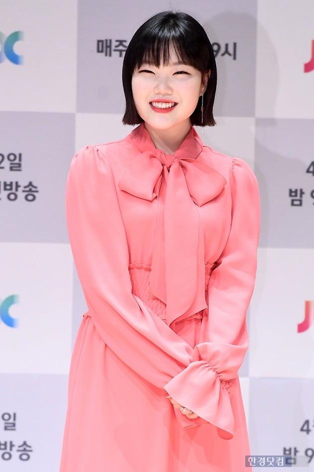 [포토] 이수현, '귀여운 눈웃음~'