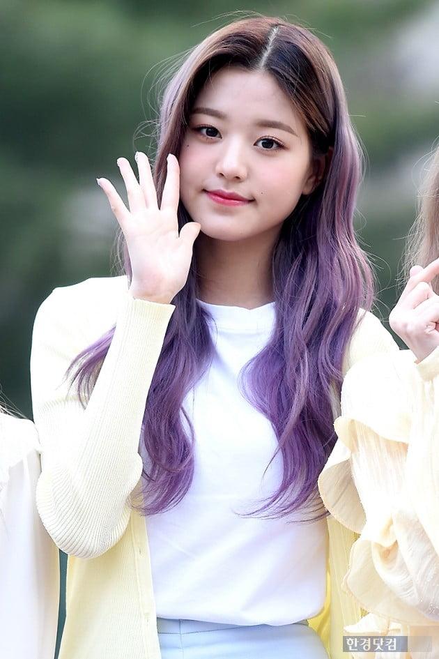 [HK영상] 아이즈원 장원영, 눈 뗄 수 없는 아름다움…'예쁘다~예뻐~' (세로직캠)