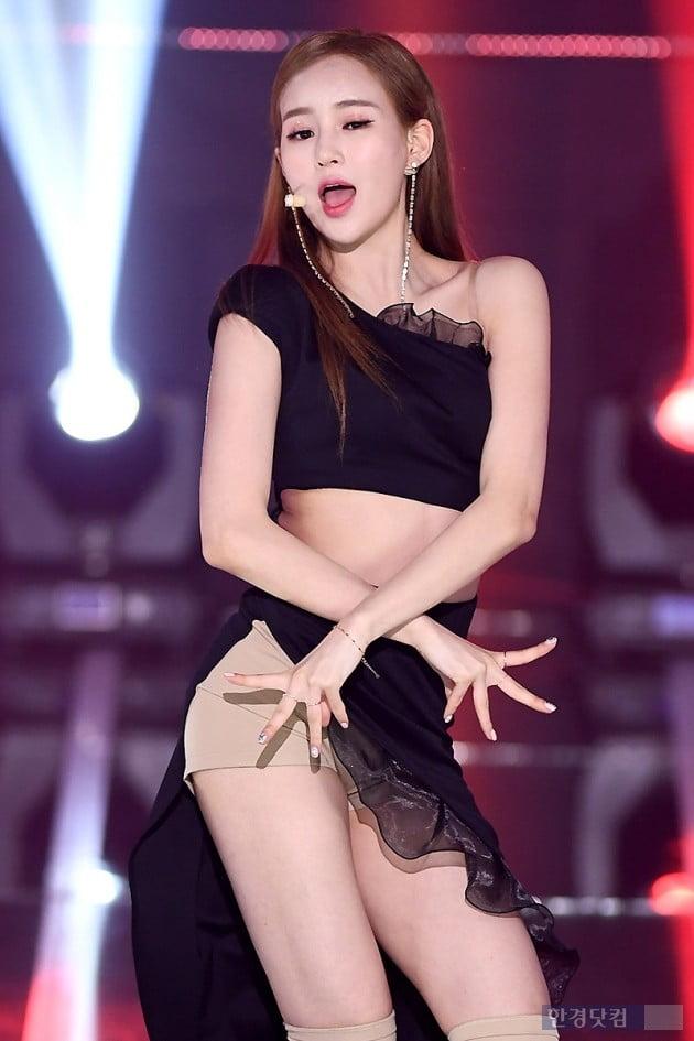 [포토] 카밀라 정유나, '아름다운 미모 뽐내며~'