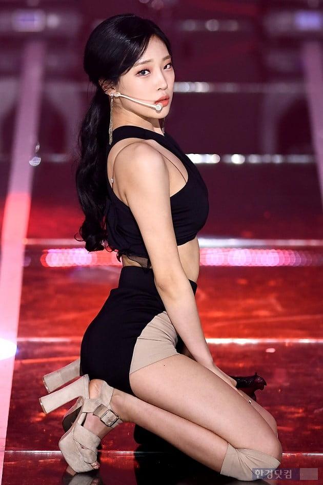 [포토] 카밀라 정유빈, '시크한 눈빛~'