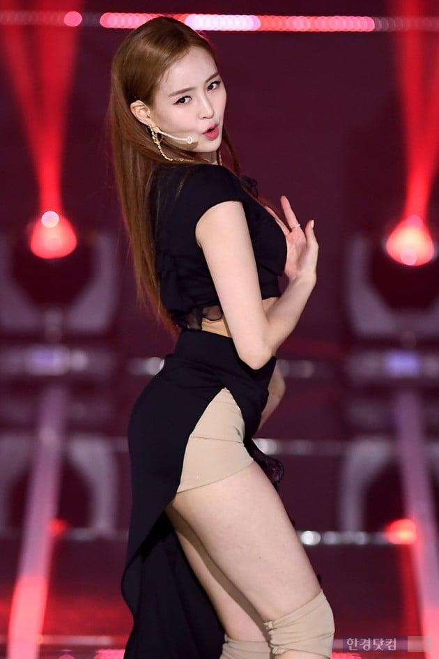 [포토] 카밀라 정유나, '아름다운 모습에 눈길~'