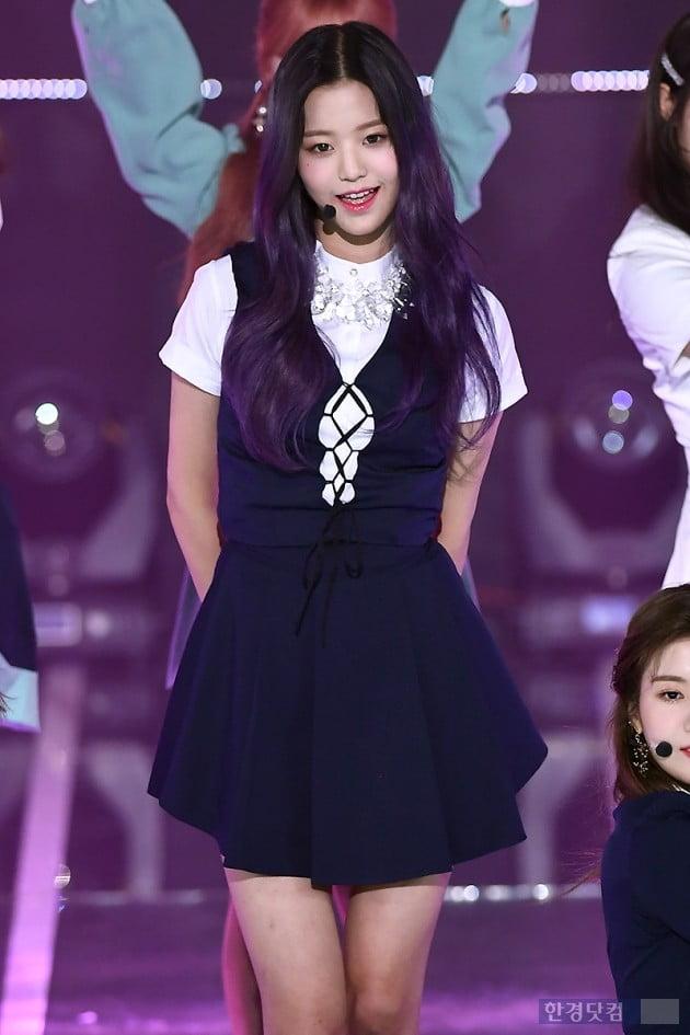 [포토] 아이즈원 장원영, '사랑스러운 모습에 눈길~'