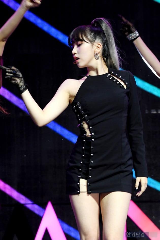 [PHOTOPIC] 트와이스 미나, '자기주장 강한 미모'