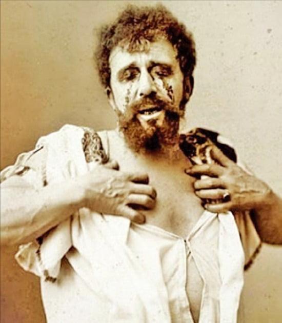 1896년 제작된 연극 '오이디푸스 왕'에서 오이디푸스역을 맡은 네덜란드 배우 루이스 부프메스터.