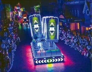 홍콩 디즈니랜드 야간 퍼레이드 '디즈니 페인트 더 나이트'.