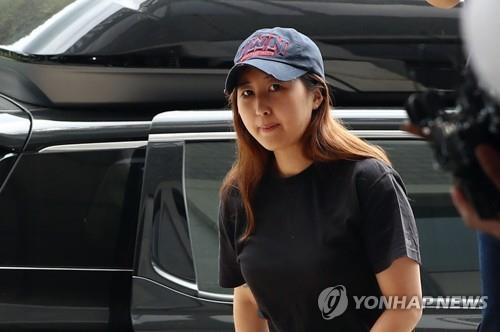 """법원 """"'정유라에 출석 특혜' 고교담임 해임처분 정당"""""""