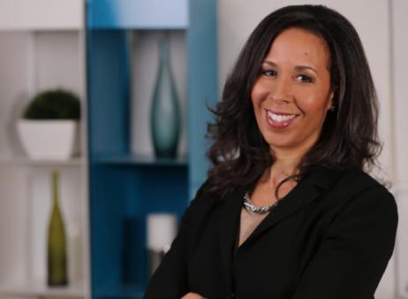 페이스북 이사회서 넷플릭스 CEO 하차…흑인여성 첫 입성
