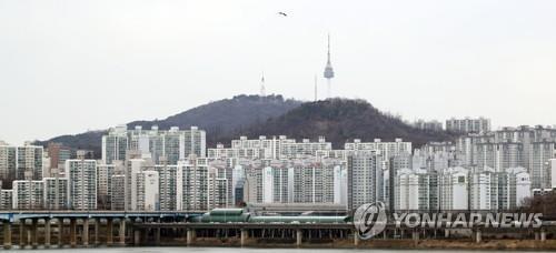 '일단 지켜보자'…서울 주택매매 심리 4개월째 보합