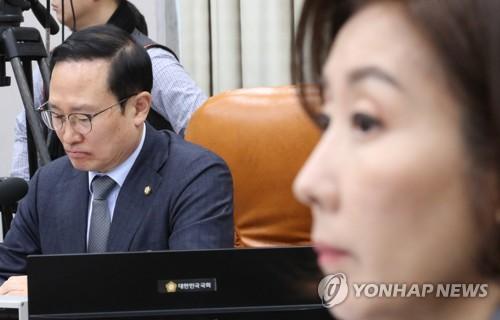 개회식 날짜도 못 정한 4월 국회…또다시 '빈손' 우려