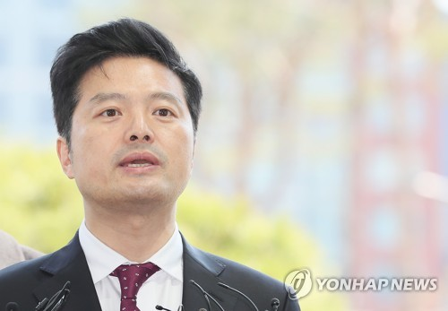 """김태우 """"이제 청와대 비위 제보하려면 처벌 감수해야"""""""