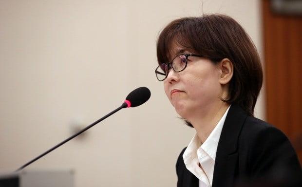 10일 국회 법사위 인사청문회에 출석한 이미선 헌법재판관 후보자. / 사진=연합뉴스