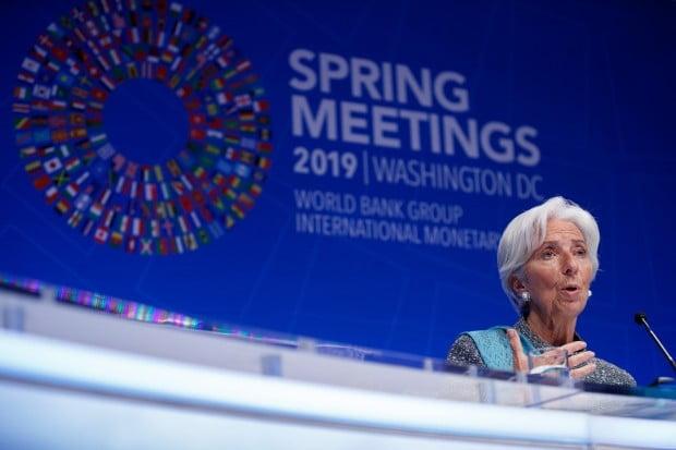 """IMF·WB """"세계 경제, 성장하지만…속도 예상보다 느려"""""""