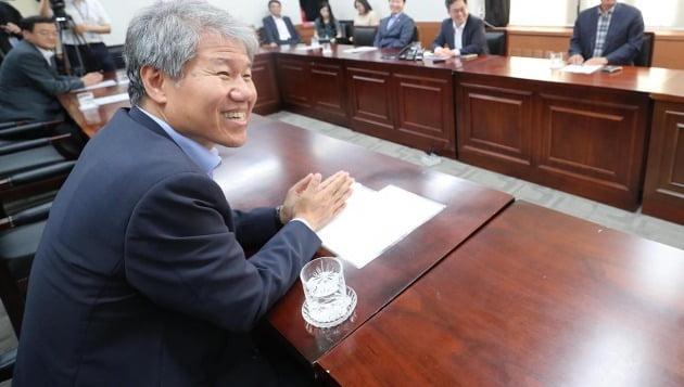 김수현 청와대 정책실장. 한경DB