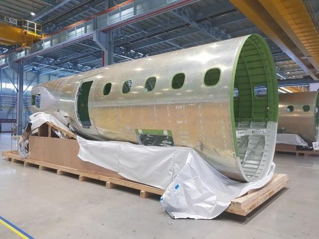 완성된 E-JetⅡ의 후방동체 모습. 알루미늄 등으로 구성됐지만 무게가 2톤가량 나간다고 한다.=한경닷컴