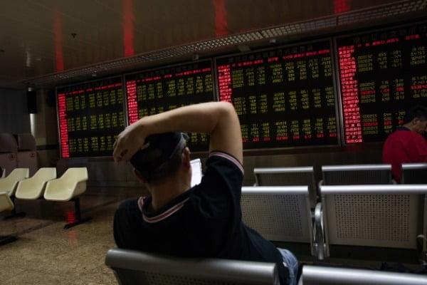 미·중 무역마찰 강화로 급락한 중국 증시 모습. 사진=EPA