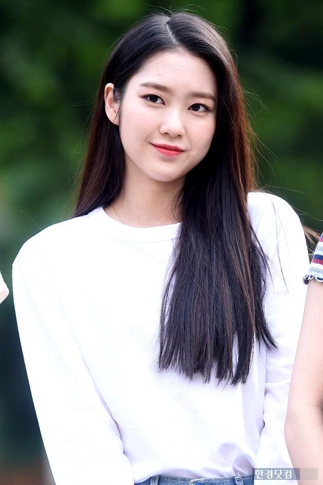 [포토] 오마이걸 지호, '눈부시게 아름다운 미모~'
