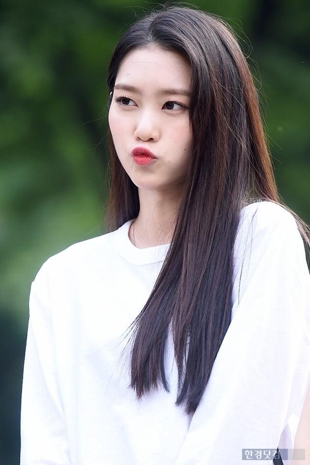 [포토] 오마이걸 지호, '깜찍하게 입술 삐쭉~'
