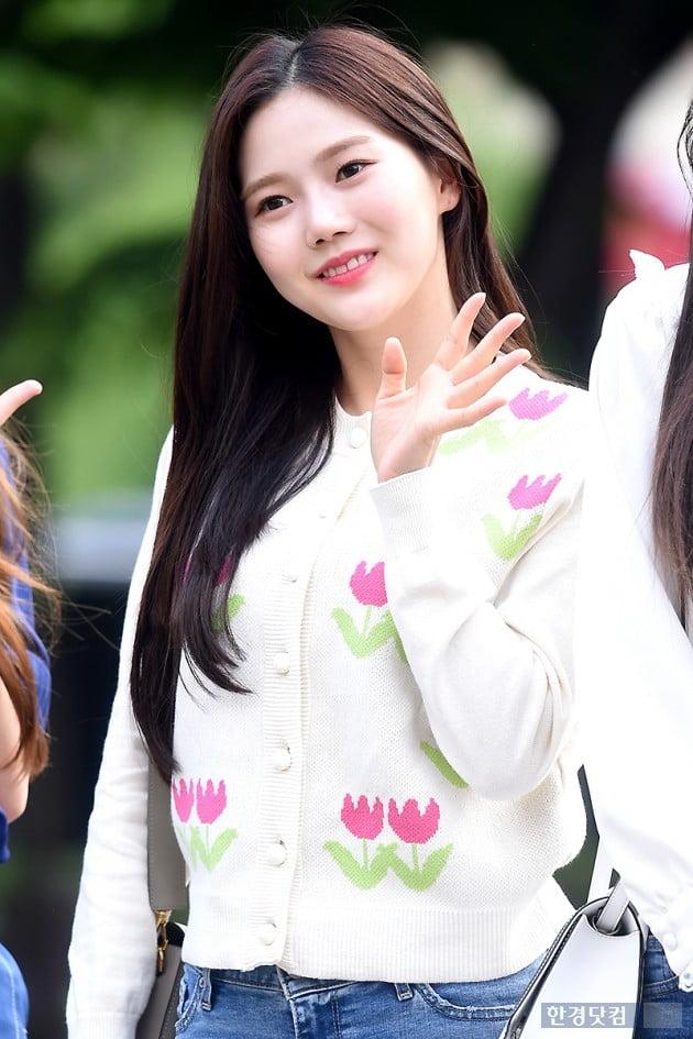 [포토] 오마이걸 효정, '예쁨 가득한 미소~'