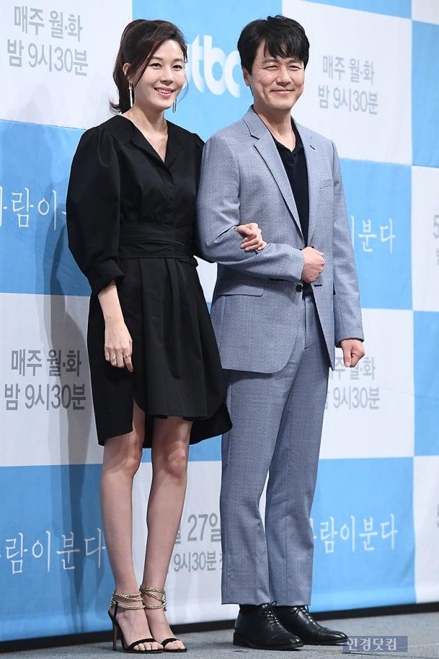 [포토] 김하늘-감우성, '우월한 비주얼 커플~'