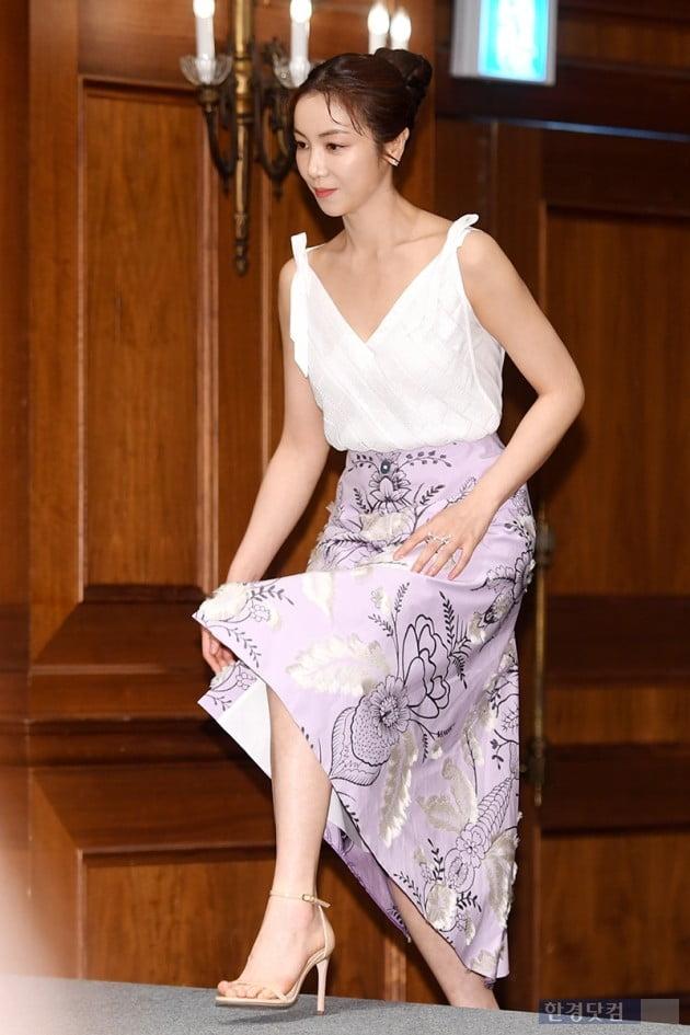 [포토] 김옥빈, '군살 찾을 수 없는 몸매'