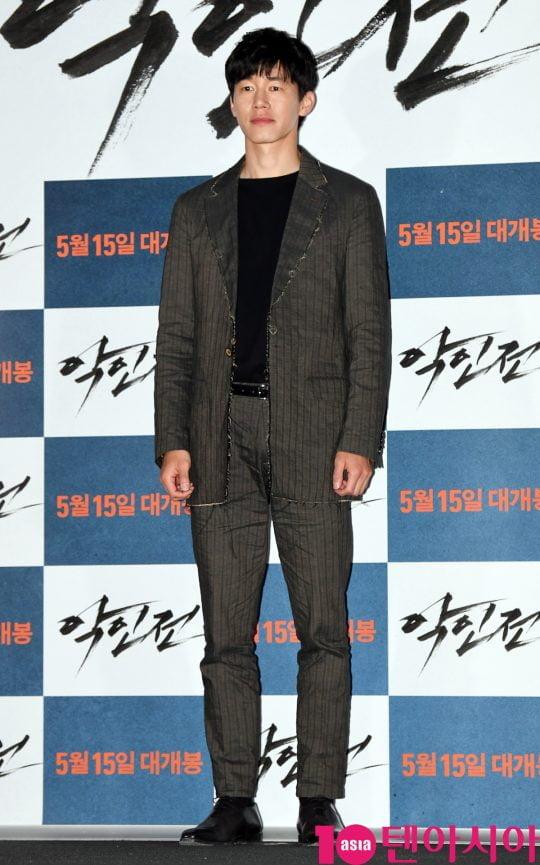 배우 김무열이 7일 오후 서울 용산구 한강로 용산 아이파크몰 용산 CGV에서 열린 영화 '악인전' 언론시사회에 참석하고 있다.