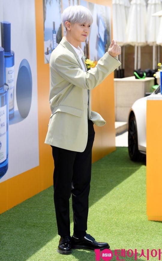 그룹 엑소 찬열이 9일 오후 서울 장충동 반얀트리 클럽 앤 스파 서울에서 열린 아쿠아 디 파르마, 신제품 '시프레소 디 토스카나' 런칭 기념 포토월 행사에 참석하고 있다.