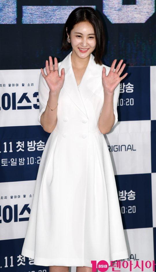 ]손은서가 9일 오후 서울 영등포동 영등포 CGV에서 열린 OCN 토일 오리지널 '보이스3' 제작발표회에 참석하고 있다.